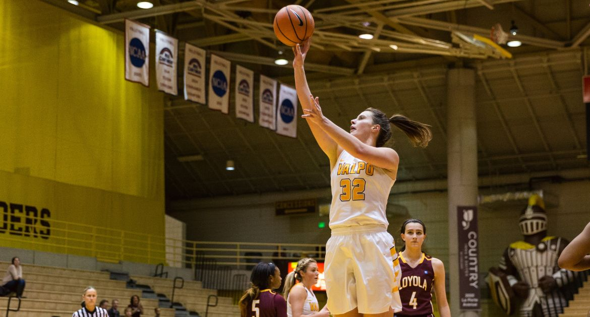 Franklin Hits Career Milestone, Five Crusaders Finish in Double Figures as Valpo Routs Loyola