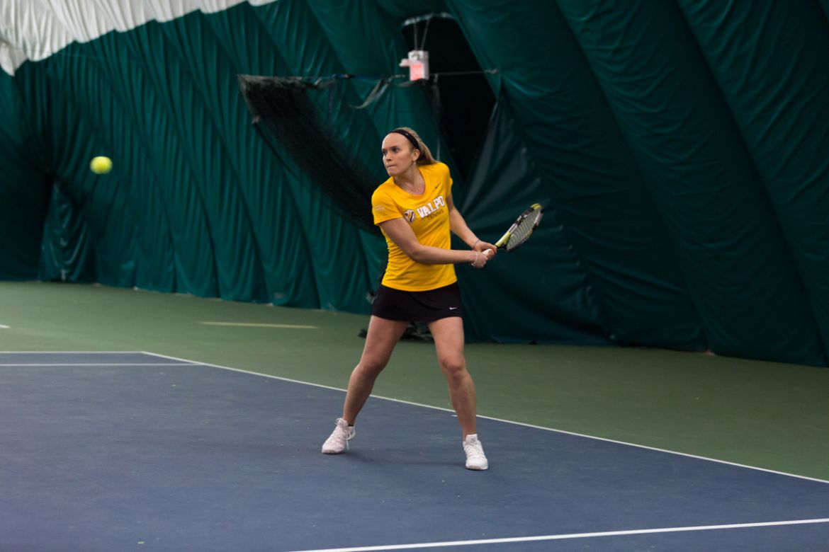 Bradley Bests Valpo in Women's Tennis
