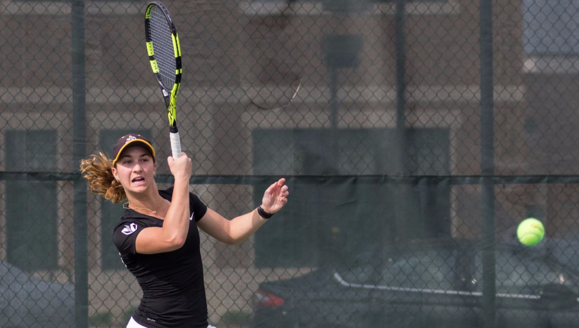 Sysouvanh, Wind with Singles Victories in Loss to Milwaukee