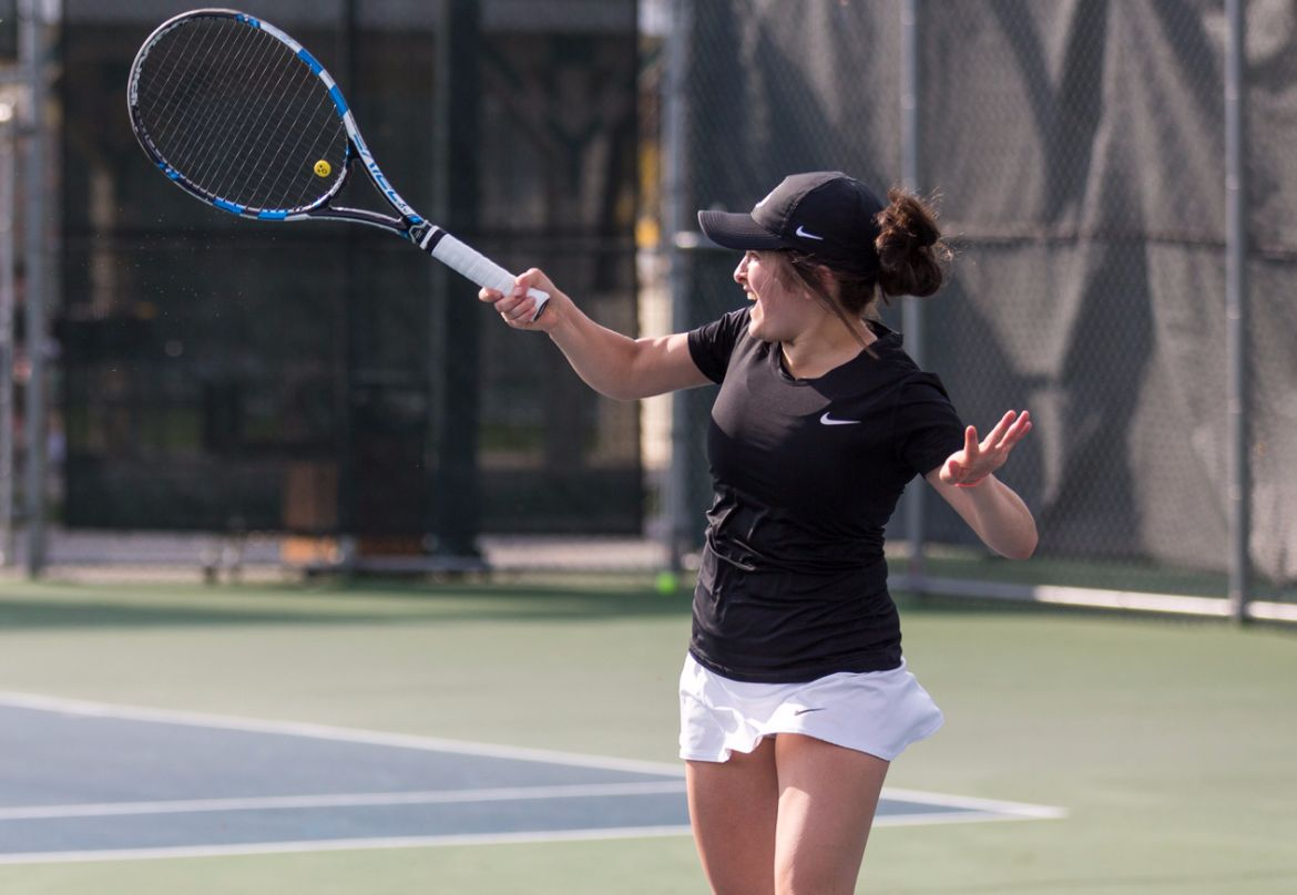 Women's Tennis Drops Match with Chicago State