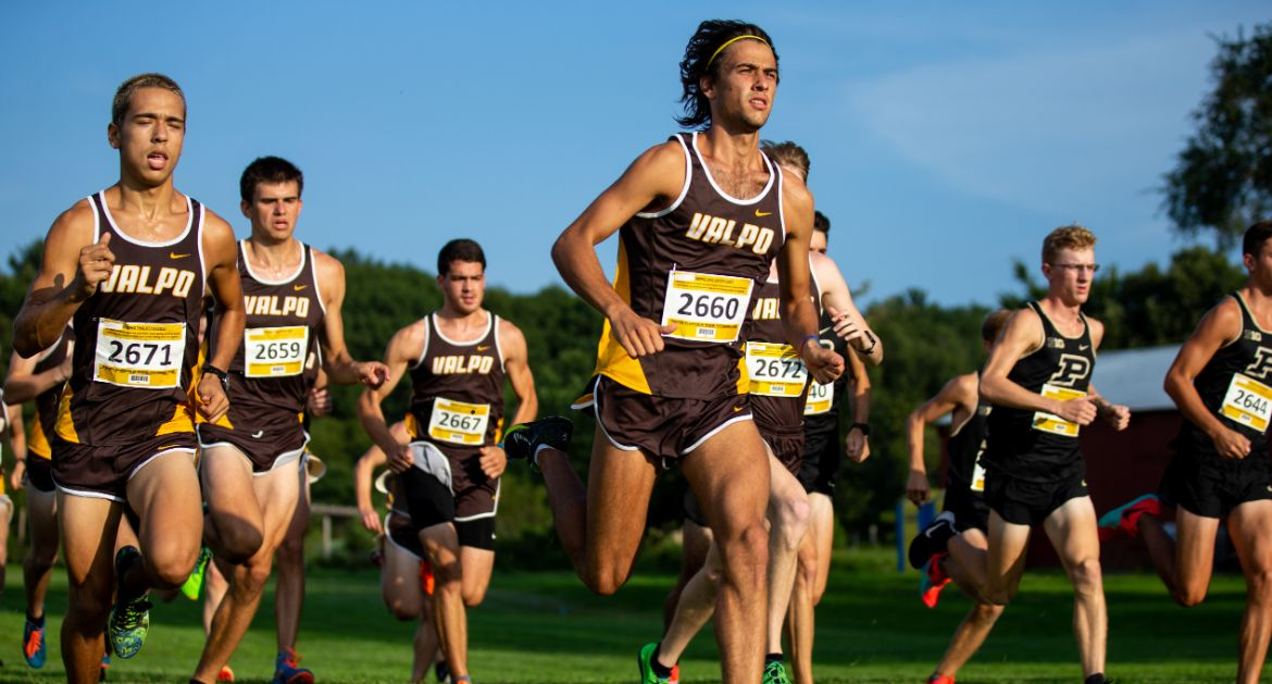 Valpo Cross Country Begins Season with Crusader Open