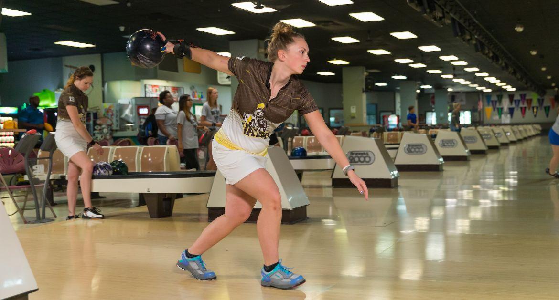 Valpo Bowling Kicks Off Season Friday at Tulane
