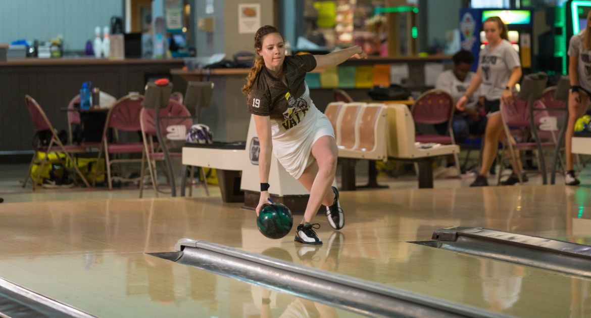 Valpo Bowling Opens 2019-20 Campaign Friday