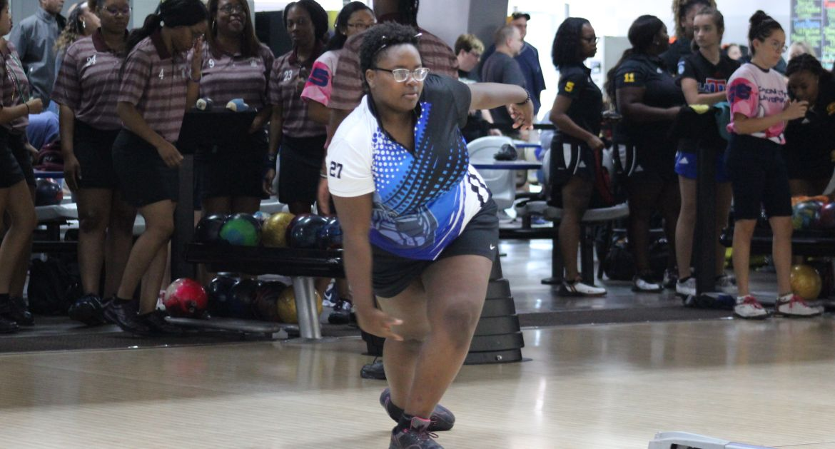 Valpo Bowling Continues Action From Nebraska Saturday