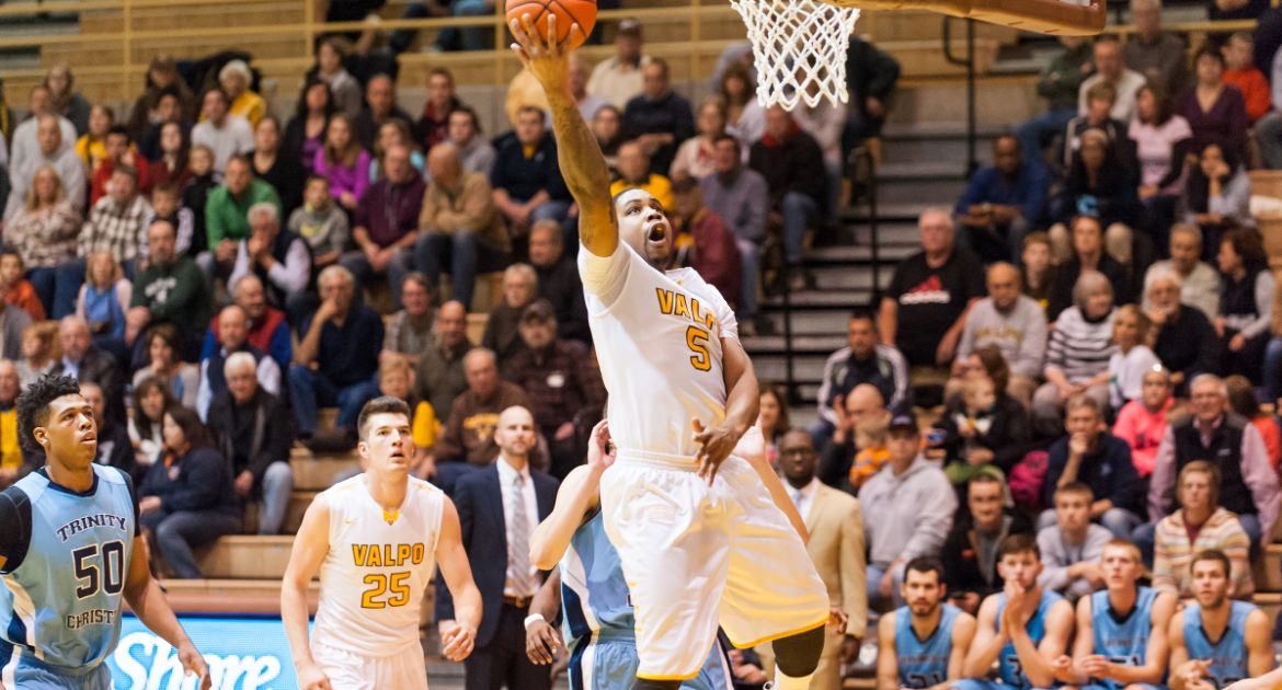 Valpo Earns Sixth Straight Double-Figure Victory in League Play