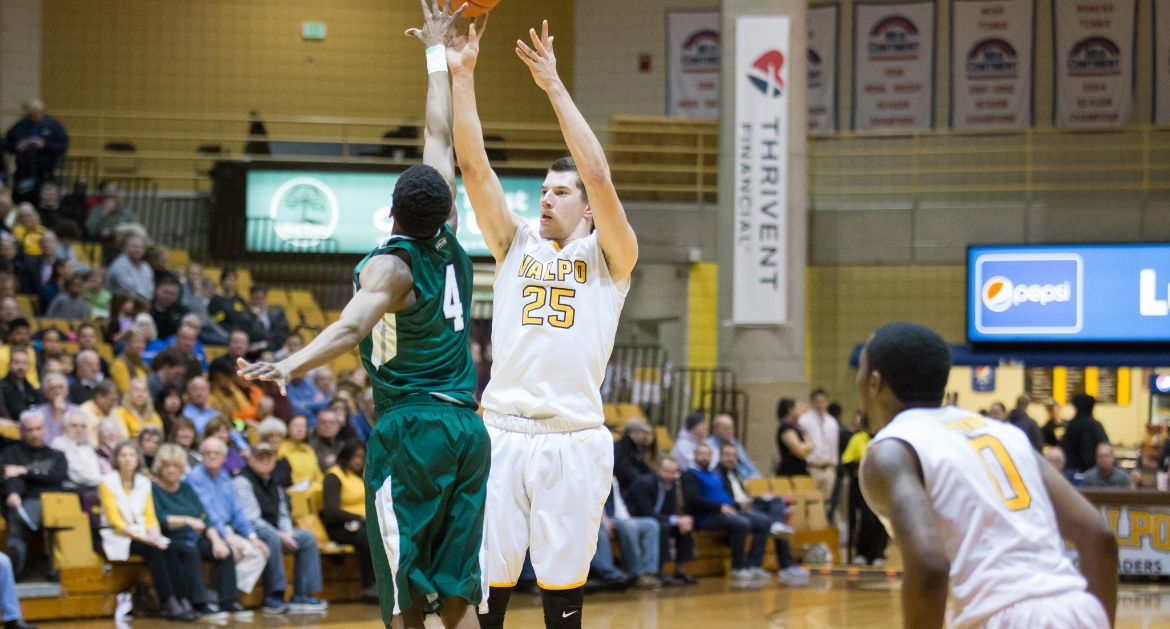 Crusaders Ride Familiar Formula to Win Over Cleveland State