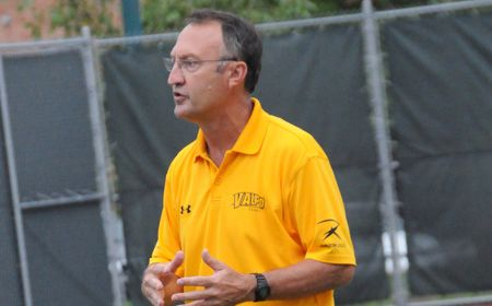 Baum Registers Win but Valpo Falls at Toledo