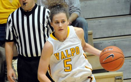 Adams' 22 Points Shoot Valpo Past Wright State