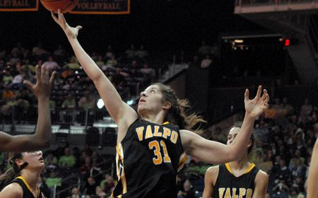 Valpo Women Open Exhibition Play with Convincing Win over Grace