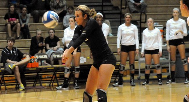 Volleyball Drops Five-Set Match at Cleveland State