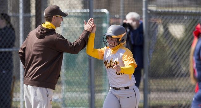 Valpo Posts Pair of Shutouts For League Wins Saturday
