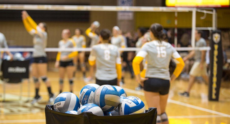 Crusader Volleyball to Host Summer Camp