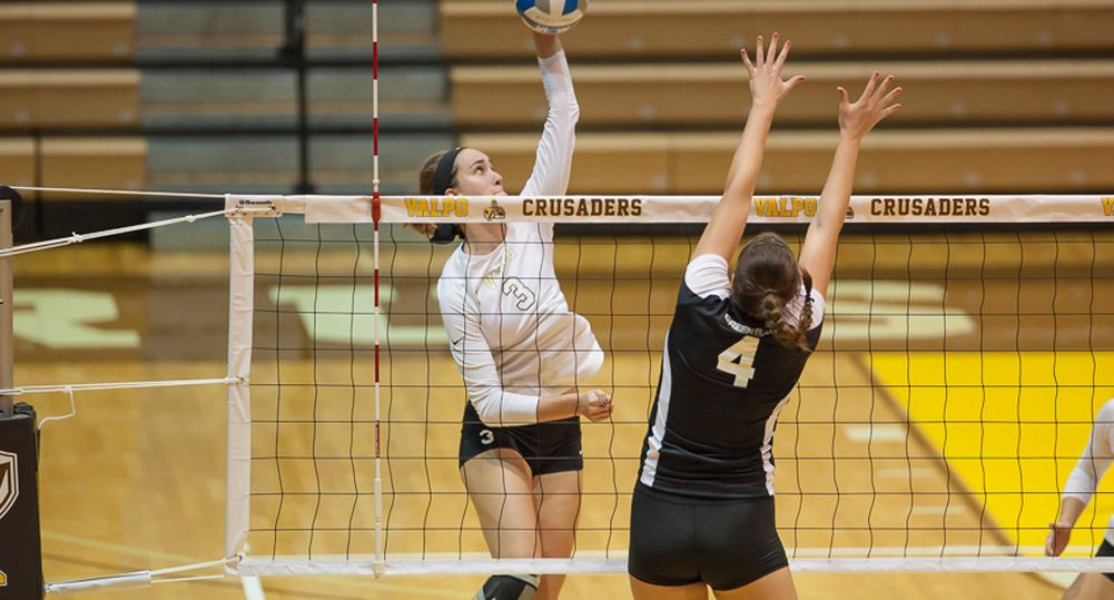 Crusaders Take Down IPFW in Five Tuesday