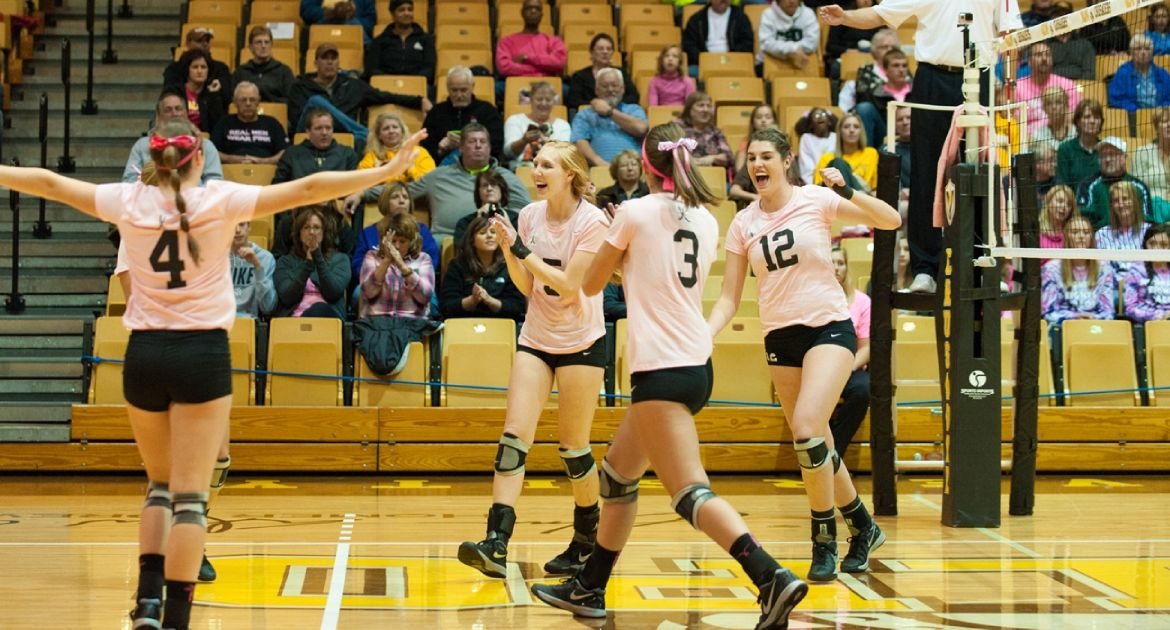 Valpo Faces Pair of Road Matches This Weekend