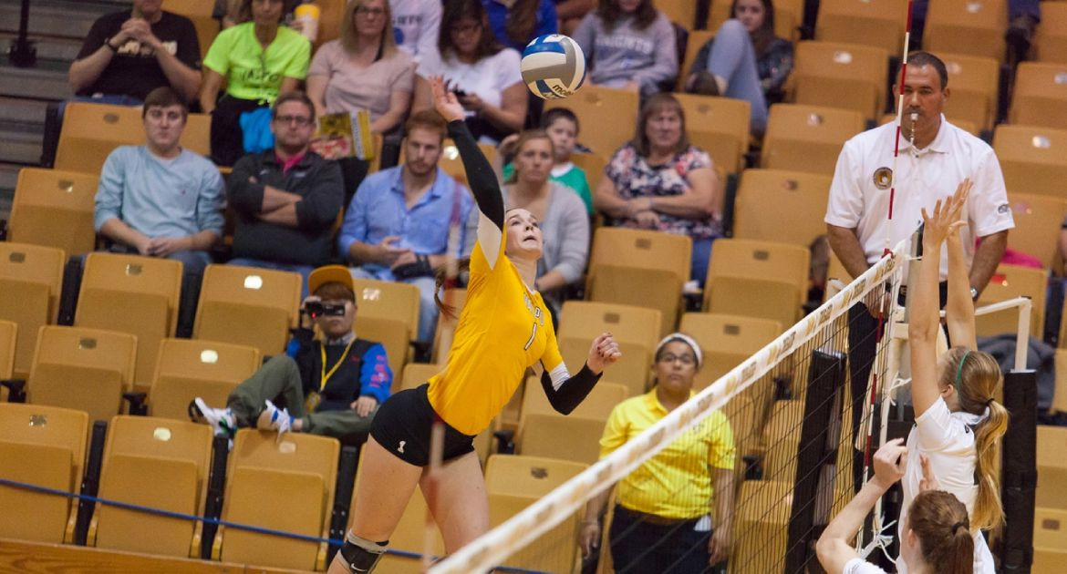 Crusaders Close Out Perfect Weekend With YSU Sweep