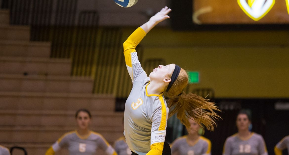Crusaders Down Toledo in Four Sets Tuesday Night