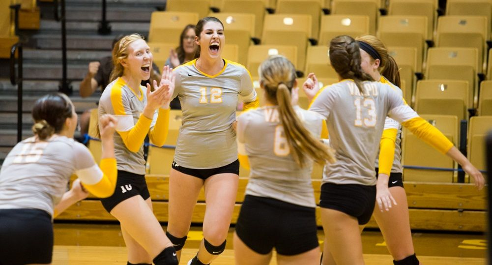 Volleyball Heads to Indiana State This Weekend