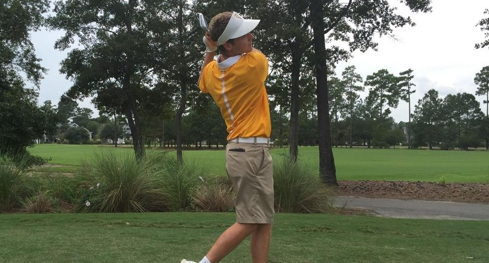 Seitz and Magoline Lead Crusaders In Round One From South Carolina