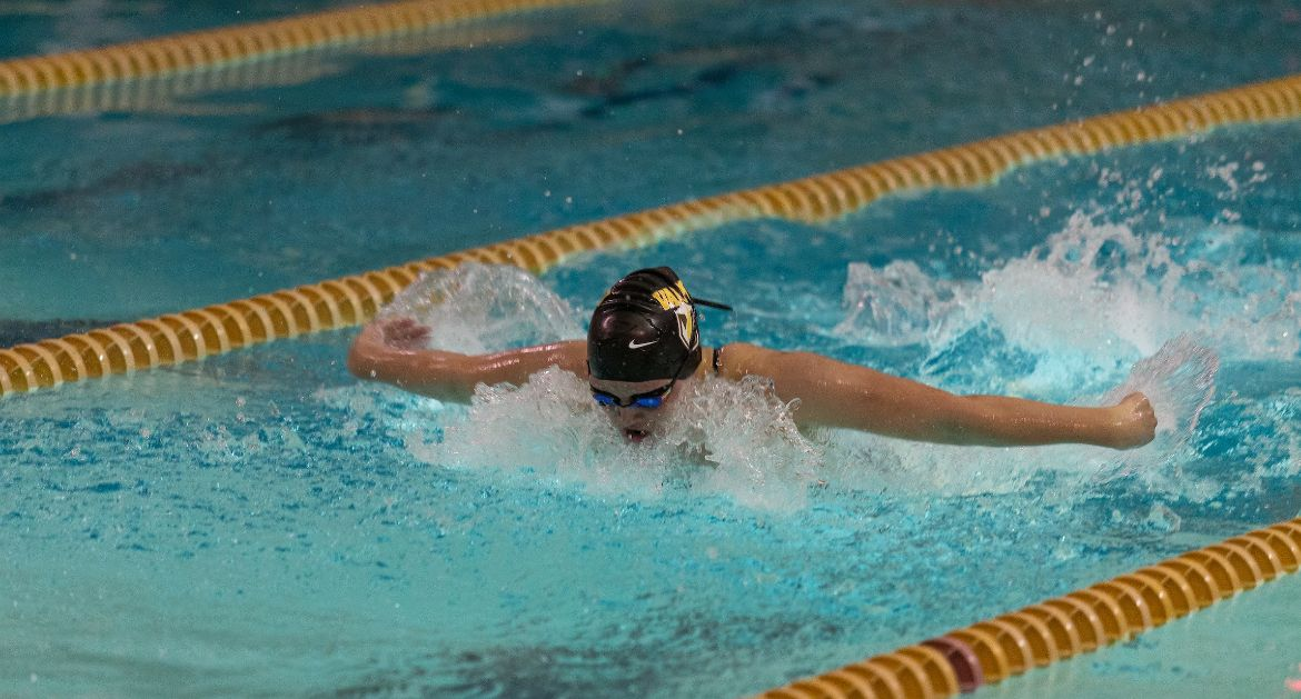 Jenny Lowers Program Record as Swimmers Cap Off Phoenix Fall Classic With Strong Sunday
