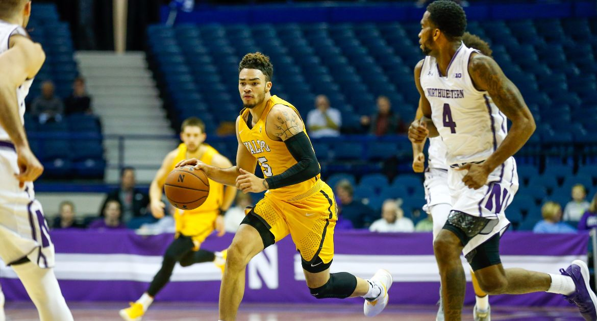 Crusaders Fall to Northwestern Thursday Night