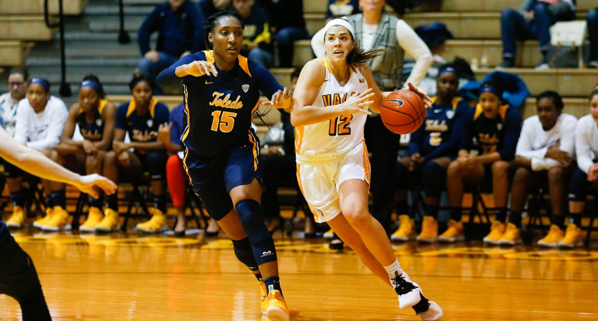 Women's Basketball Hosts Miami (Ohio) on Ugly Sweater Day