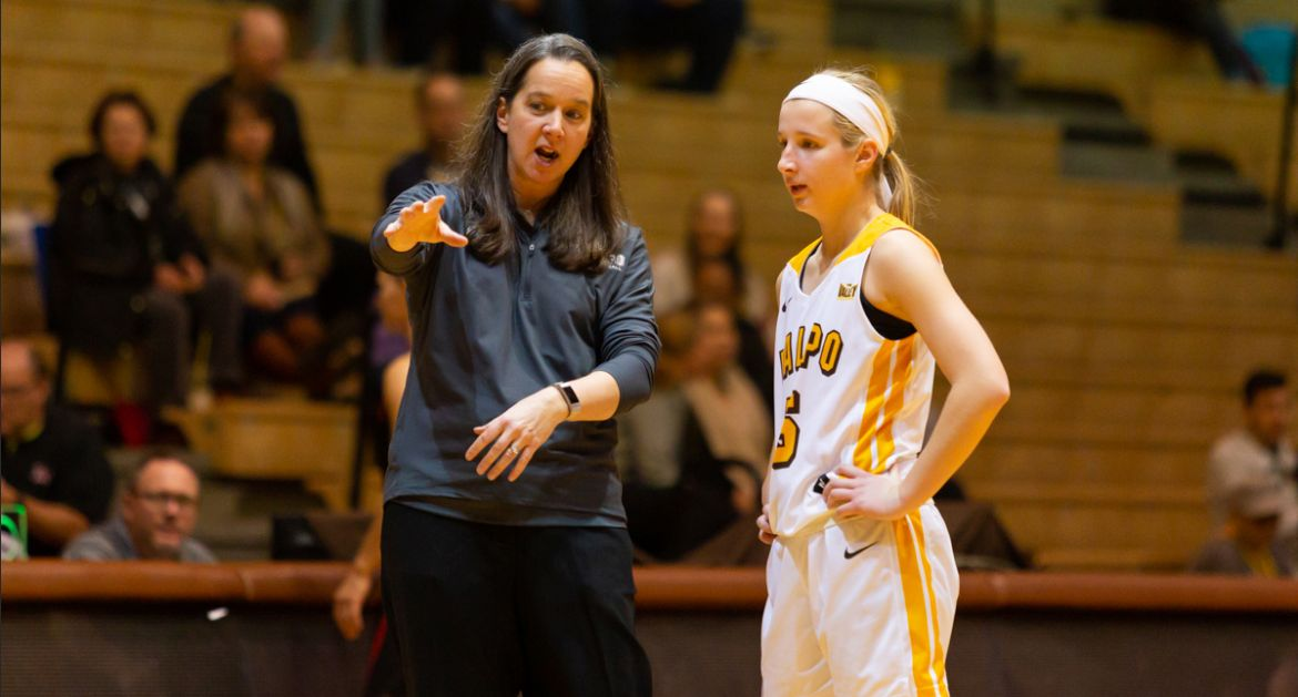 Valley Play Tips Off for Women's Basketball on Sunday
