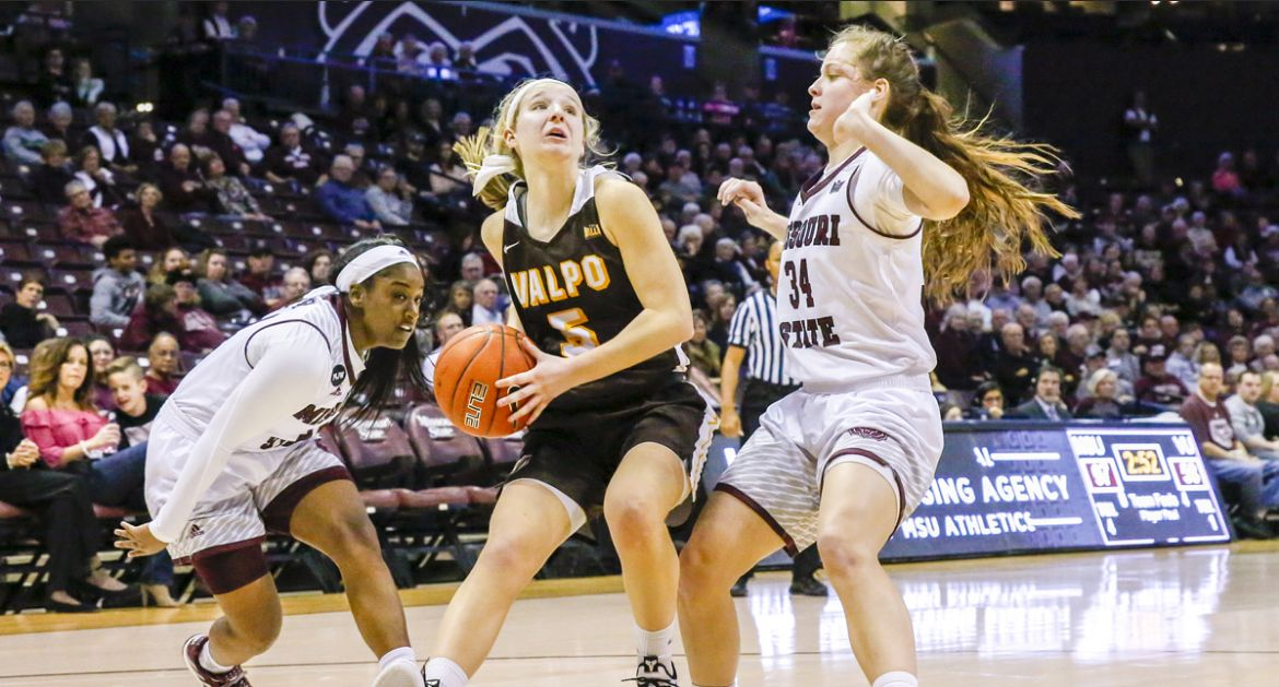 Frederick Paces Valpo in Defeat to MVC Unbeaten Missouri State