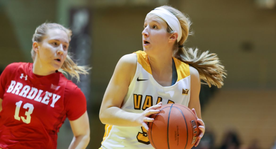 Frederick's Starting Debut a Hit as Valpo Tops Bradley