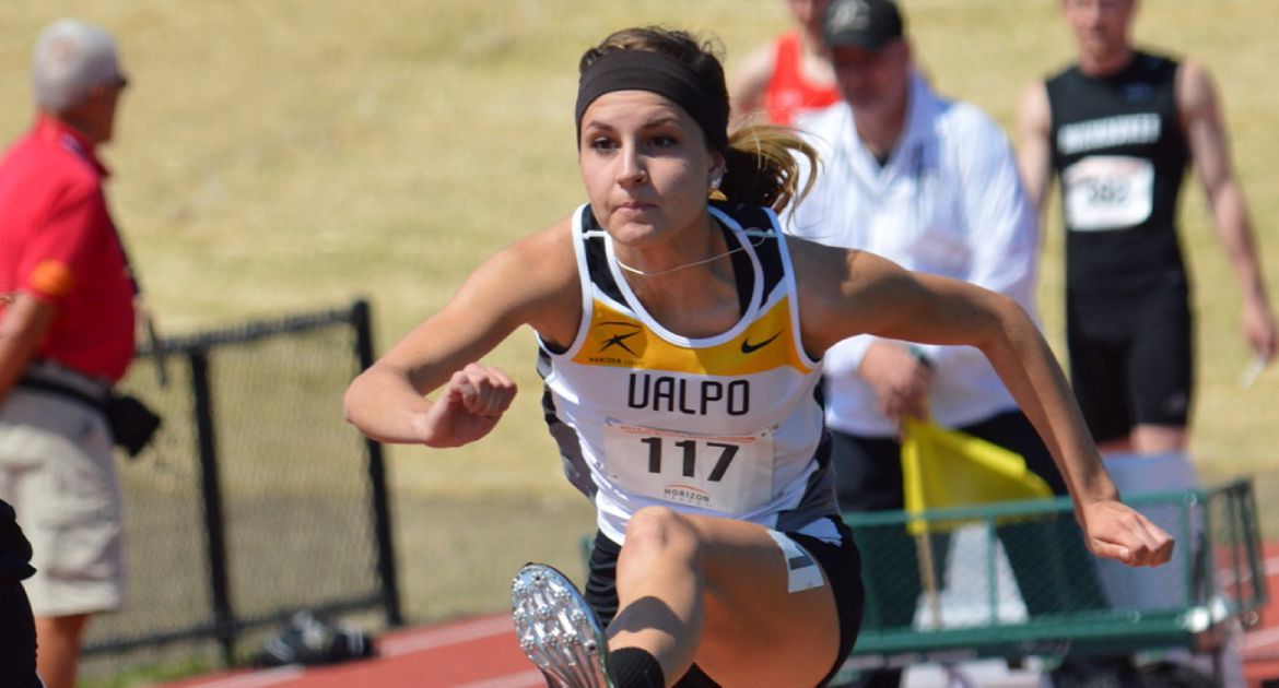 Smutz's Hammer Record Highlights Track and Field Effort at DePaul