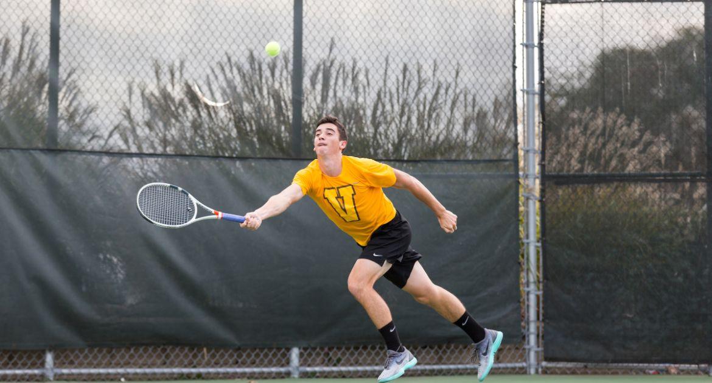 Men's Tennis Sustains Strong Start on Saturday