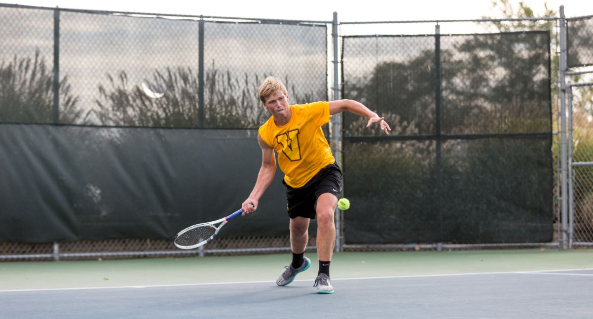 Doubles Success Highlights First Day at Purdue Fall Invitational