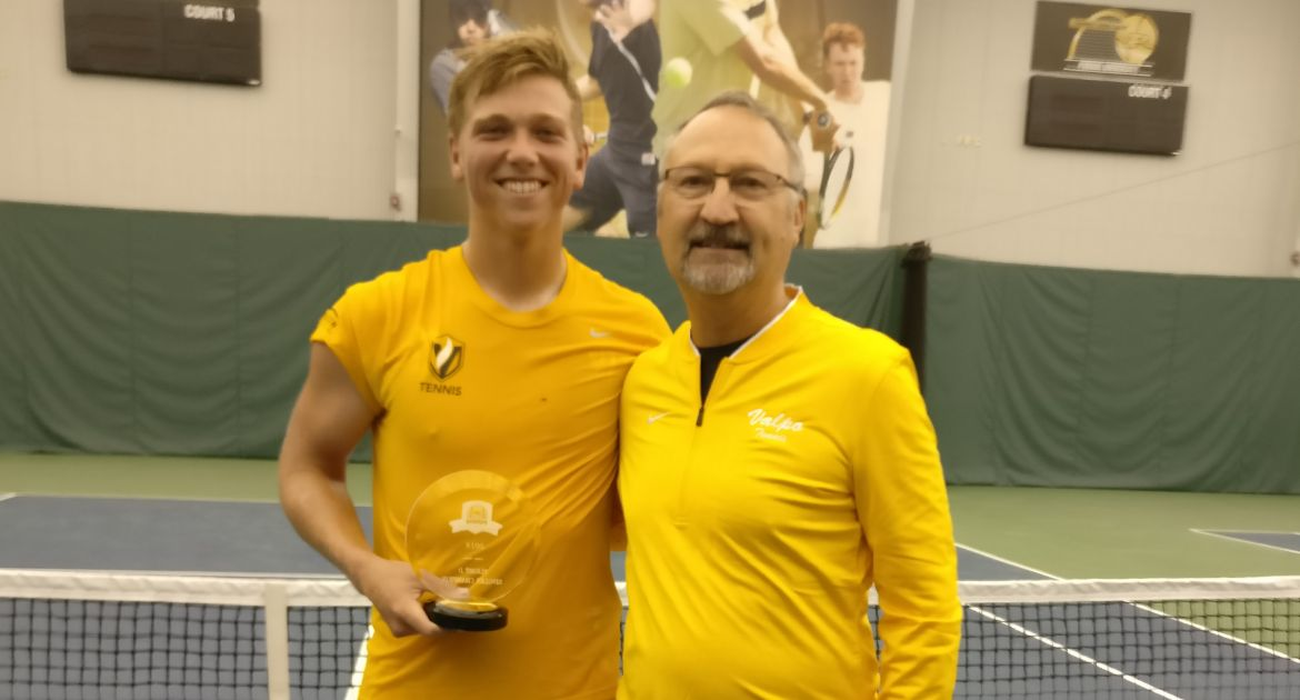 Brian Pecyna completed his 4-0 weekend in Flight D Singles on Sunday.