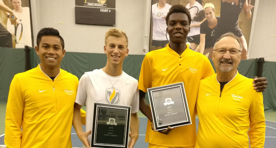 Men's Tennis Earns Pair of Championships on Sunday