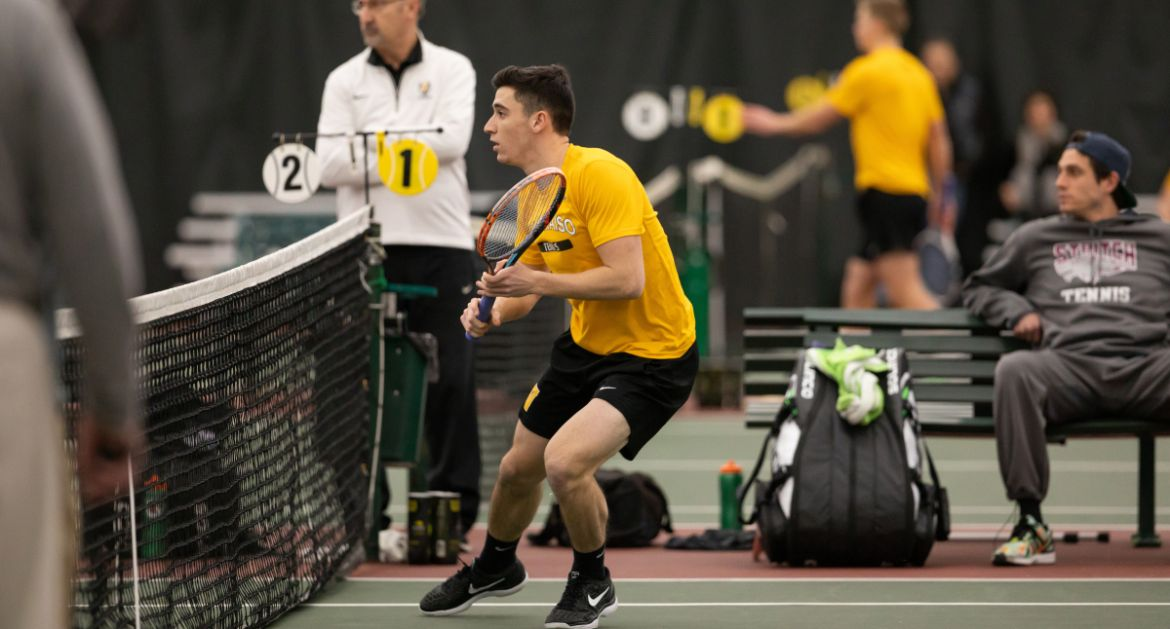 Men's Tennis Downs Hampton to Open Spring Trip