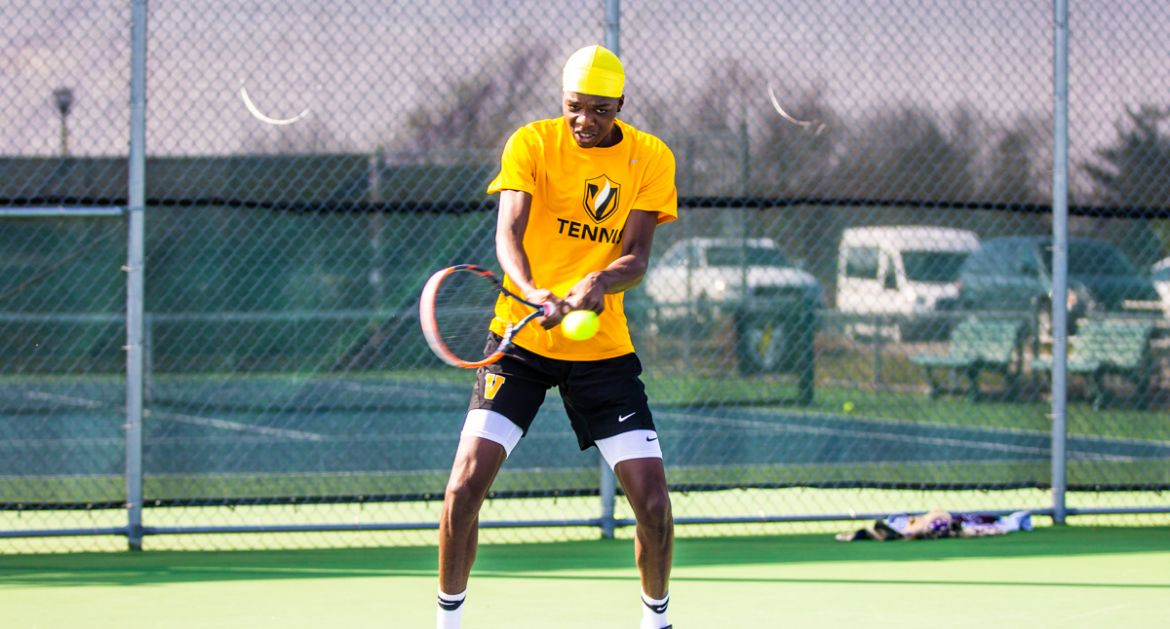 Kenyatte Earns 12th Straight Singles Win on Saturday