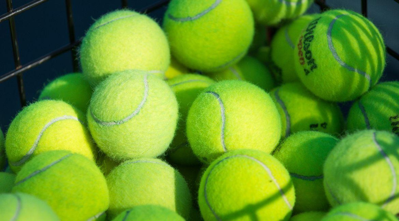 Bertino Wins Collegiate Debut for Valpo Women's Tennis