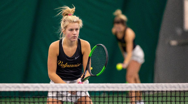 Czerwonka Sisters Extend Doubles Winning Streak