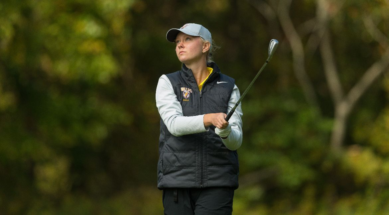 Schiene Leads Women's Golf on Day 1 in Terre Haute