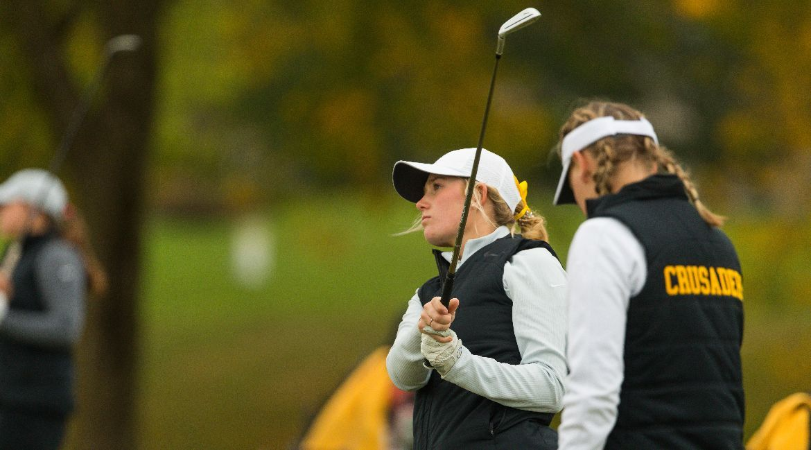 Kier Leads Valpo on First Day in Normal