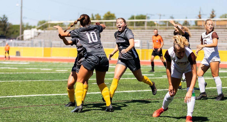 Soccer Rolls to Win Over St. Bonaventure Sunday