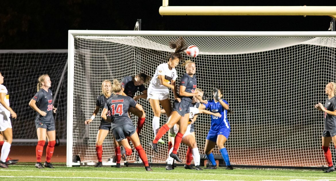 Soccer Claims Win in MVC Opener On Late Goal From Fish
